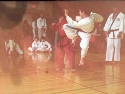 Dan Perryman's family owned a karate school for many years, where he taught karate along with his brother and dad. He became the youngest person to hold a black belt in the state of Iowa by the time he was 11 years old.